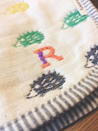 水谷果穂 刺繍